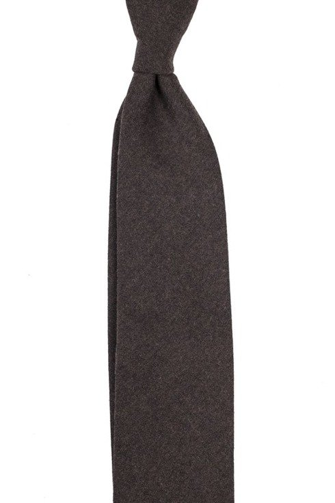 BROWN FLANNEL UNTIPPED HANDROLLED TIE