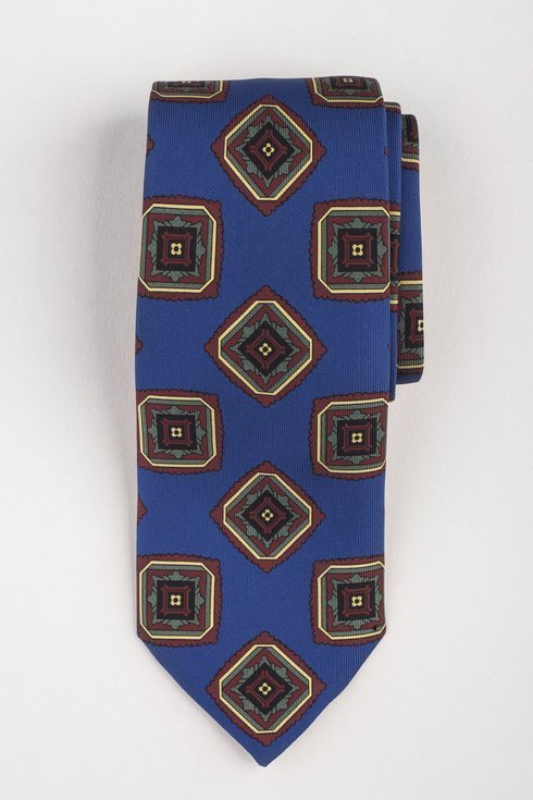Macclesfield tie blue with medallions
