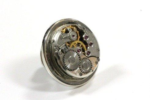 steam punk pin