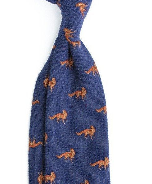 tie with foxes