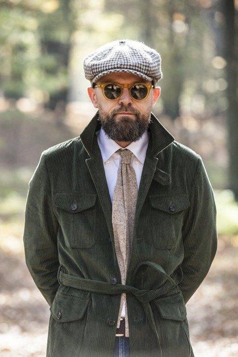 woolen beige green knit tie