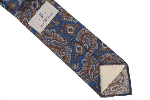 Blue Paisley woolen untipped tie