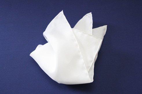 Poszetka biały jedwab