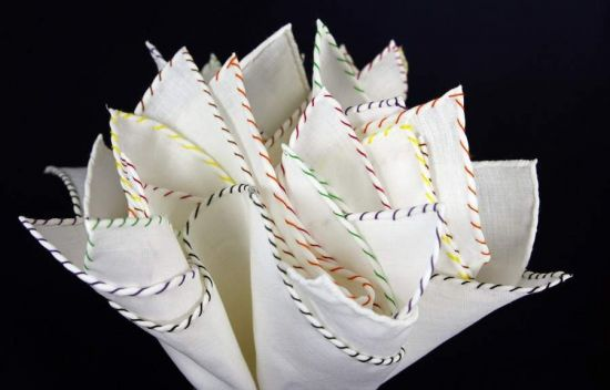 Biała lniana poszetka z kolorowym obszyciem - jeden kolor