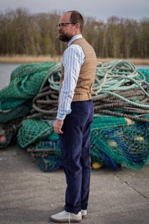 Preorder: Spodnie z niebieskiego sztruksu