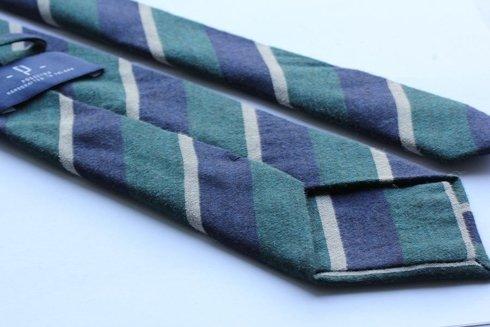 wełniany krawat